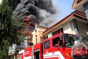 Kapolda minta pelaku pembakaran DPRD Gowa menyerahkan diri