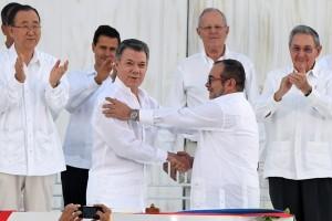 Kolombia-FARC tandatangani perjanjian damai bersejarah