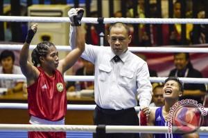 Emas Tinju Kelas Ringan Putri Maluku