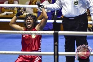 Emas Tinju Kelas Welter Ringan Putri Maluku