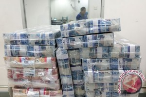 Rupiah ditransaksikan Rp13.314 per dolar pada Rabu sore