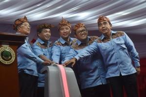 PON 2016 - Wapres JK tutup perhelatan PON XIX