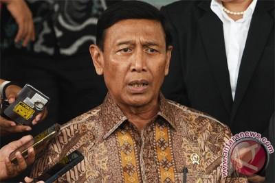 Wiranto perintahkan usut tuntas kerusuhan Manokwari