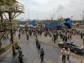 Mogok Kerja Tenaga Bongkar Muat Di Pelabuhan Tanjung Perak