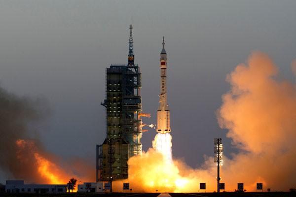Dua astronot Tiongkok jalankan misi Shenzhou-11