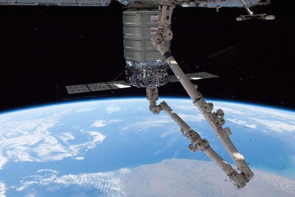 Kapal cargo AS Cygnus bawa bahan percobaan api di ruang angkasa