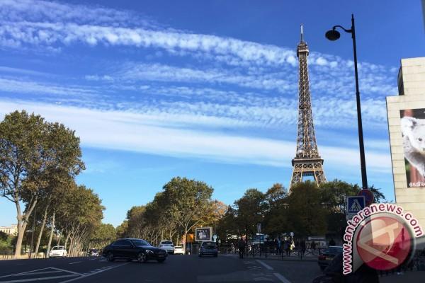 Prancis Akan Tempatkan Banyak Polisi Untuk Lindungi Turis Asia