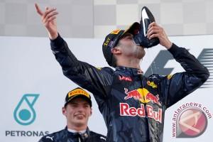 Daniel Ricciardo minta maaf telah kecewakan Australia