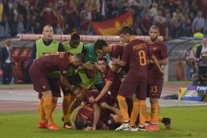 Klasemen grup E Liga Europa, AS Roma memimpin