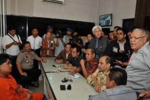 Ribuan pengikut Dimas Kanjeng mulai tinggalkan padepokan