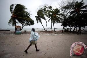 Haiti panik diancam Badai Matthew