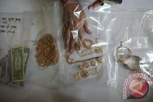 Setengah ton emas palsu korban Dimas Kanjeng