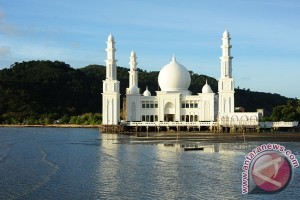 Masjid Agung Landmark Sukadana
