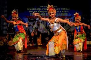 Gubernur Bali larang tarian erotis Joged Bumbung