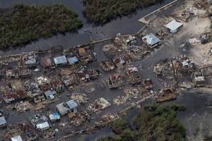 """""""Seperti bom nuklir"""", kolera dan kehancuran setelah badai di Haiti"""