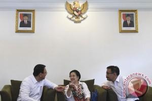 Megawati: mengapa ucapan Ahok selalu jadi sentimen negatif?