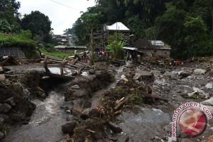 Banjir Bandang Lereng Lawu