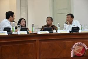 Pembahasan Reformasi Kebijakan Hukum