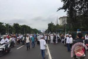 Ribuan anggota Ormas Islam bergerak menuju Bareskrim