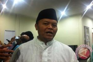 Hidayat Nur Wahid tegaskan pesantren bukan sarang teroris