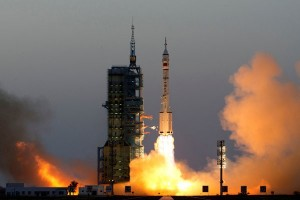 Dua astronot China mendarat di laboratorium angkasa Tiangong-2