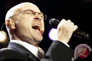 Phil Collins postpones London concerts after gashing head