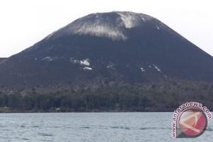 Nelayan masih dilarang mendekati Gunung Anak Krakatau