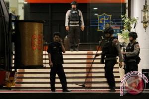 Teror Bom Di Balai Kota Surabaya