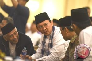 Jakarta Governor attends Santri Day Commemoration
