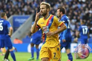 Leicester hentikan catatan buruk, bungkam Crystal Palace 3-1