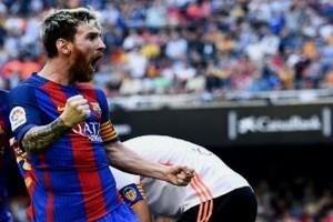 Messi dan posisi dramatis Barcelona