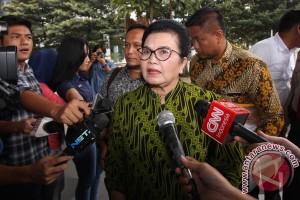 KPK Periksa Siti Fadilah Supari