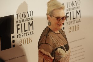 Terima penghargaan khusus Golden Globes, Meryl Streep sindir Trump