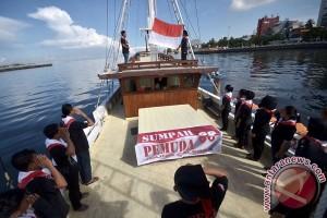 Mahasiswa UIR kuliah di atas kapal perang