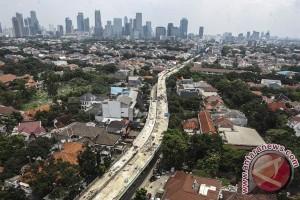 Ciledug-Tendean cuma 30 menit via Transjakarta koridor 13