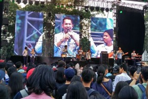 Konser anti-galau Maliq & D'Essentials