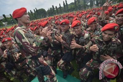 Kopassus TNI AD gelar bakti sosial peringati HUT ke-72 TNI