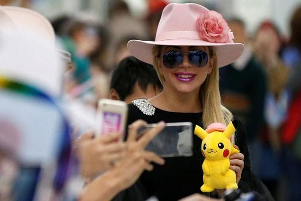 """Lady Gaga Ingin """"mengemudi Keliling Tokyo"""""""