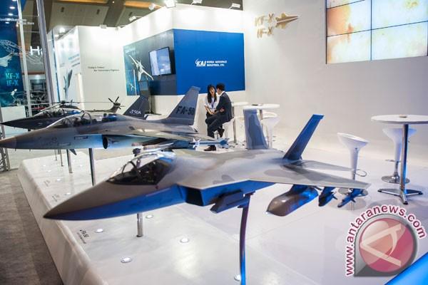 http://img.antaranews.com/new/2016/11/ori/20161102antarafoto-pameran-industri-pertahanan-021116-agr-3.jpg