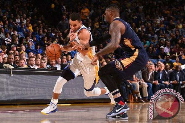 Curry Pecahkan Rekor Tembakan Tiga Angka Kala Warriors Bekuk Pelicans