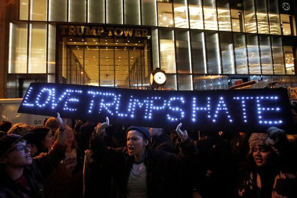 Demonstrasi Anti-Trump Berlanjut Di New York
