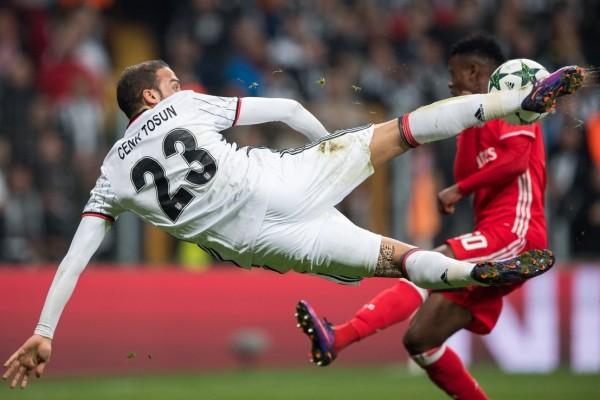 Porto dipermalukan Besiktas 1-3