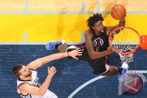 Clippers balas kekalahan dari Lakers dengan menang 113-97
