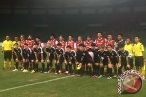 Artis Korea unggul selebriti Indonesia 2-1 pada babak pertama