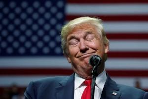 Parodi Alec Baldwin untuk olok-olok Donald Trump jadi buku
