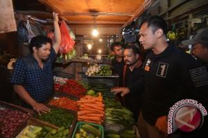 Agus Yudhoyono Kunjungi Pasar Senen
