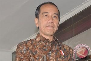 """Jokowi janji bangun """"infrastruktur batiniah"""" setelah fisik"""