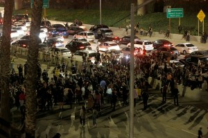 Demo tolak Donald Trump tak kunjung berhenti, kini masuk hari kelima