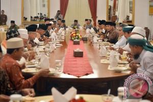 Presiden Undang Kyai Pesantren Banten Dan Jabar