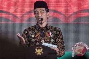 Presiden Jokowi minta investasi fokus ke substitusi impor